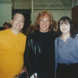 REO Speedwagon (Dave Amato-Lead Guitar)